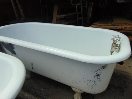 Antique Claw Foot Tub 60 Inches